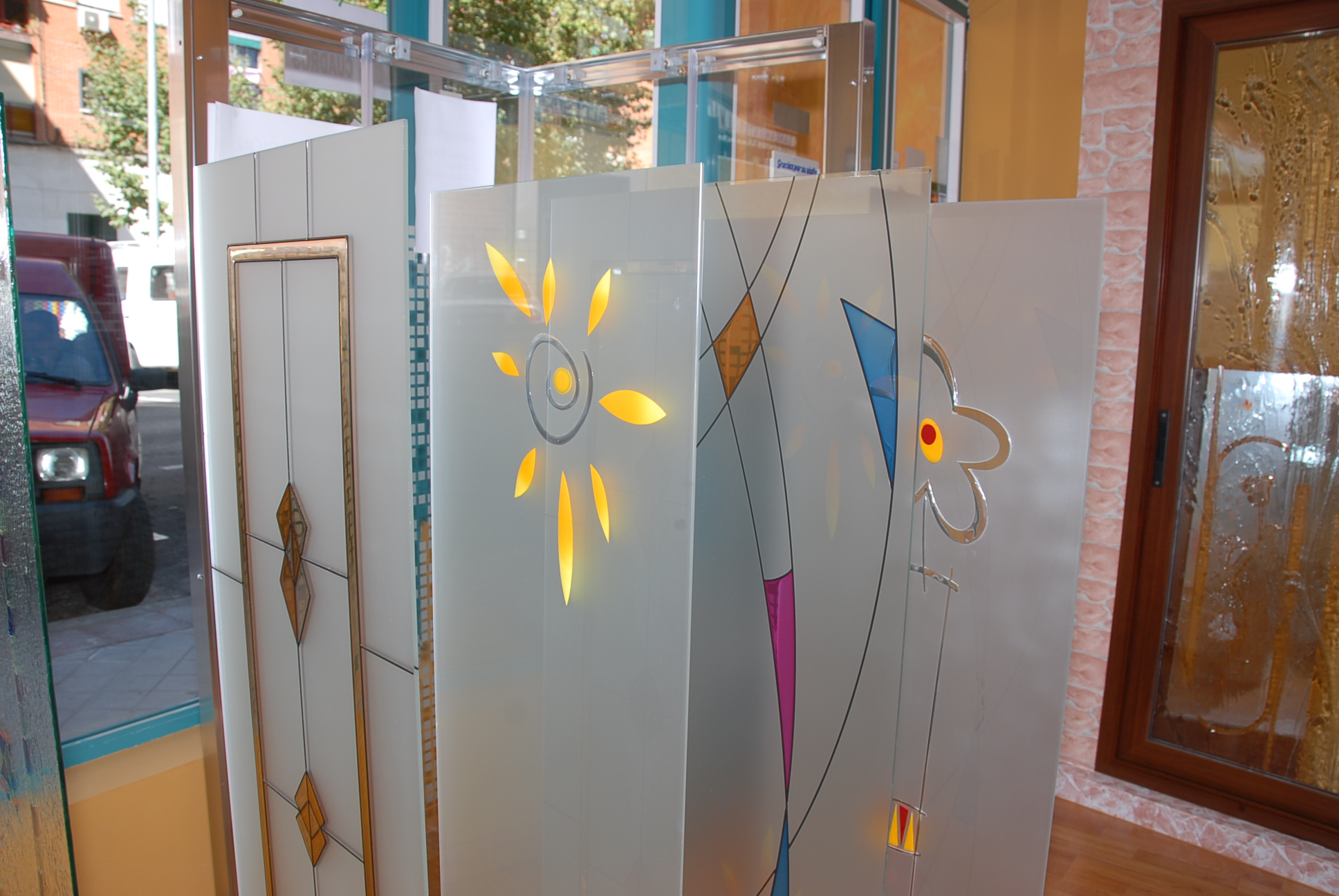 Cristales para puertas instalaci n for Cristales para puertas de interior catalogo